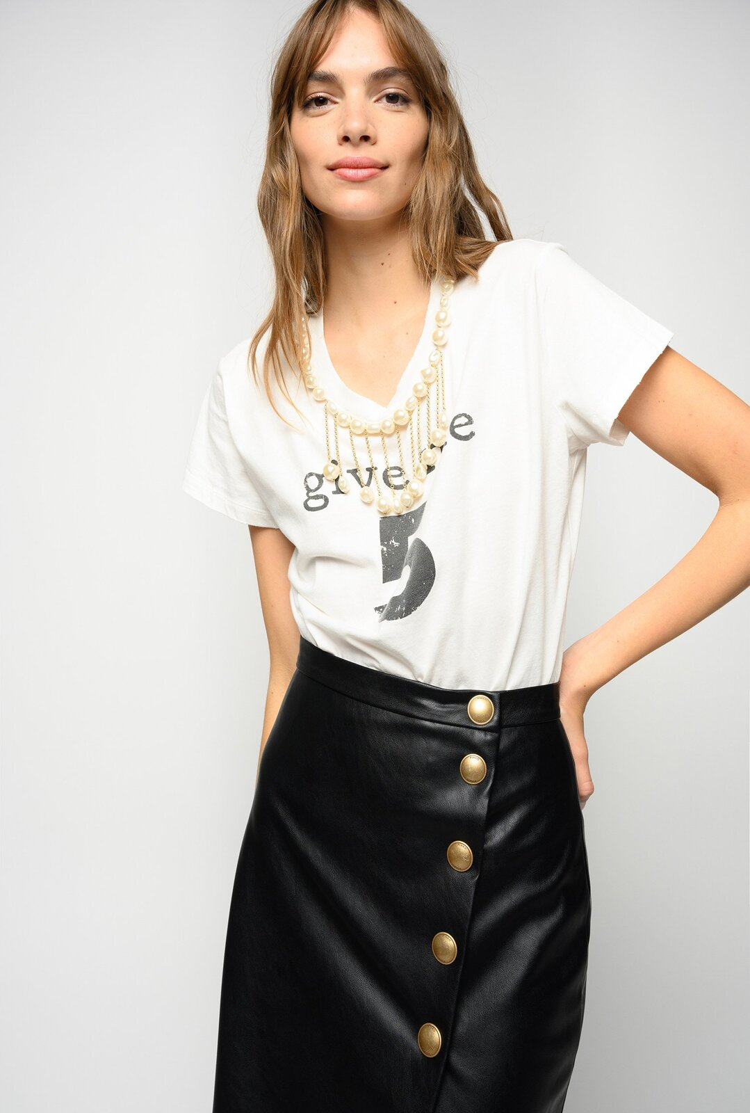 Give Me 5 T-Shirt With Pearls - Pinko