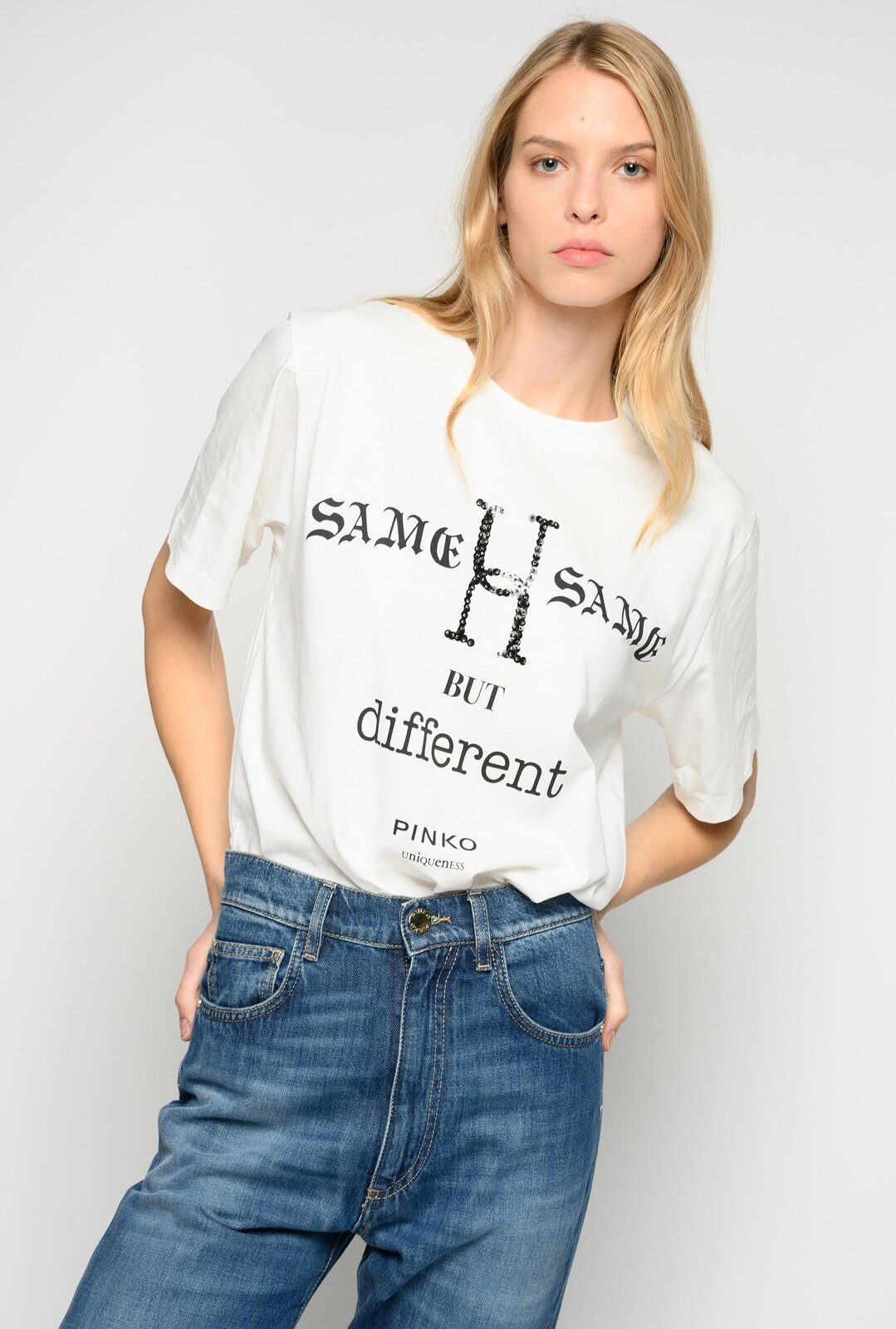 T-Shirt Same Same But Different - Pinko
