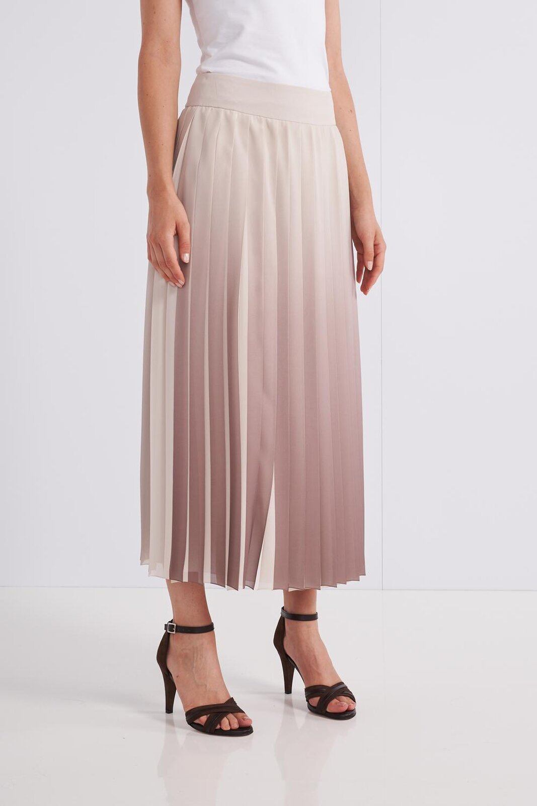 Midi Pleated Skirt In Lightweight And Fluid Crepe Fabric With Degradè Effect. Side Zip Closure, Wide Fit. - Peserico