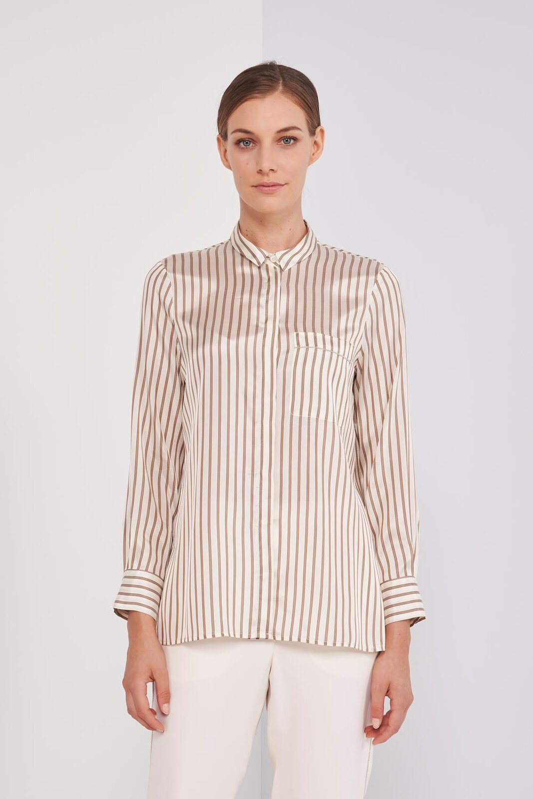 Long Sleeve Shirt In Fluid Silk And Viscose. Small collar, striped pattern, chest pocket with metal light point details, front button closure. Regular fit. - Peserico