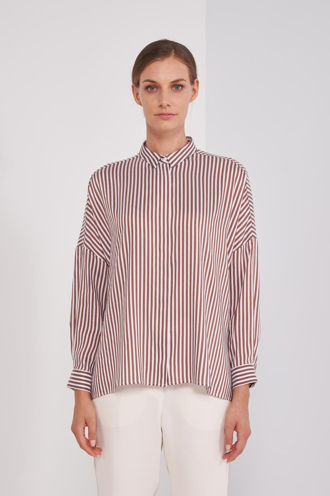 Shirt In Fluid Viscose Mixed Silk Ruled With Long Sleeve. Small Collar, Front Button Closure. Wide fit. - Peserico