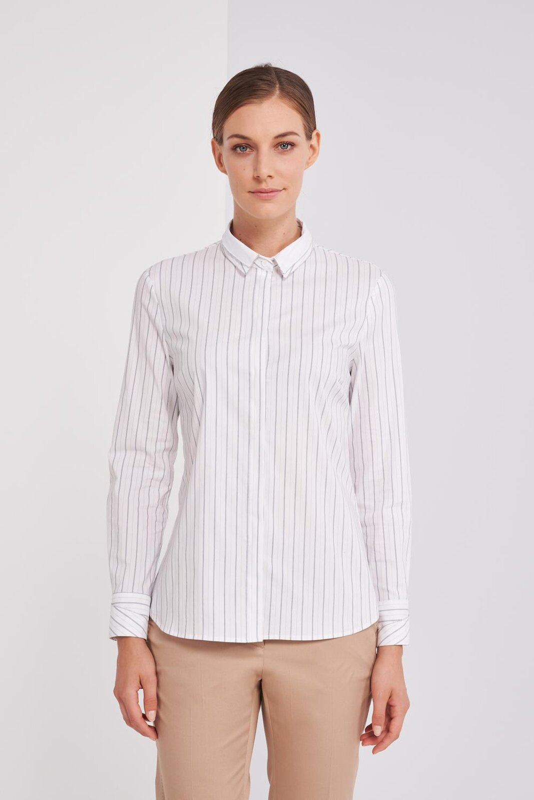 Long Sleeve Shirt In Slightly Stretch Striped Cotton. Front Button Closure, Regular Fit. - Peserico