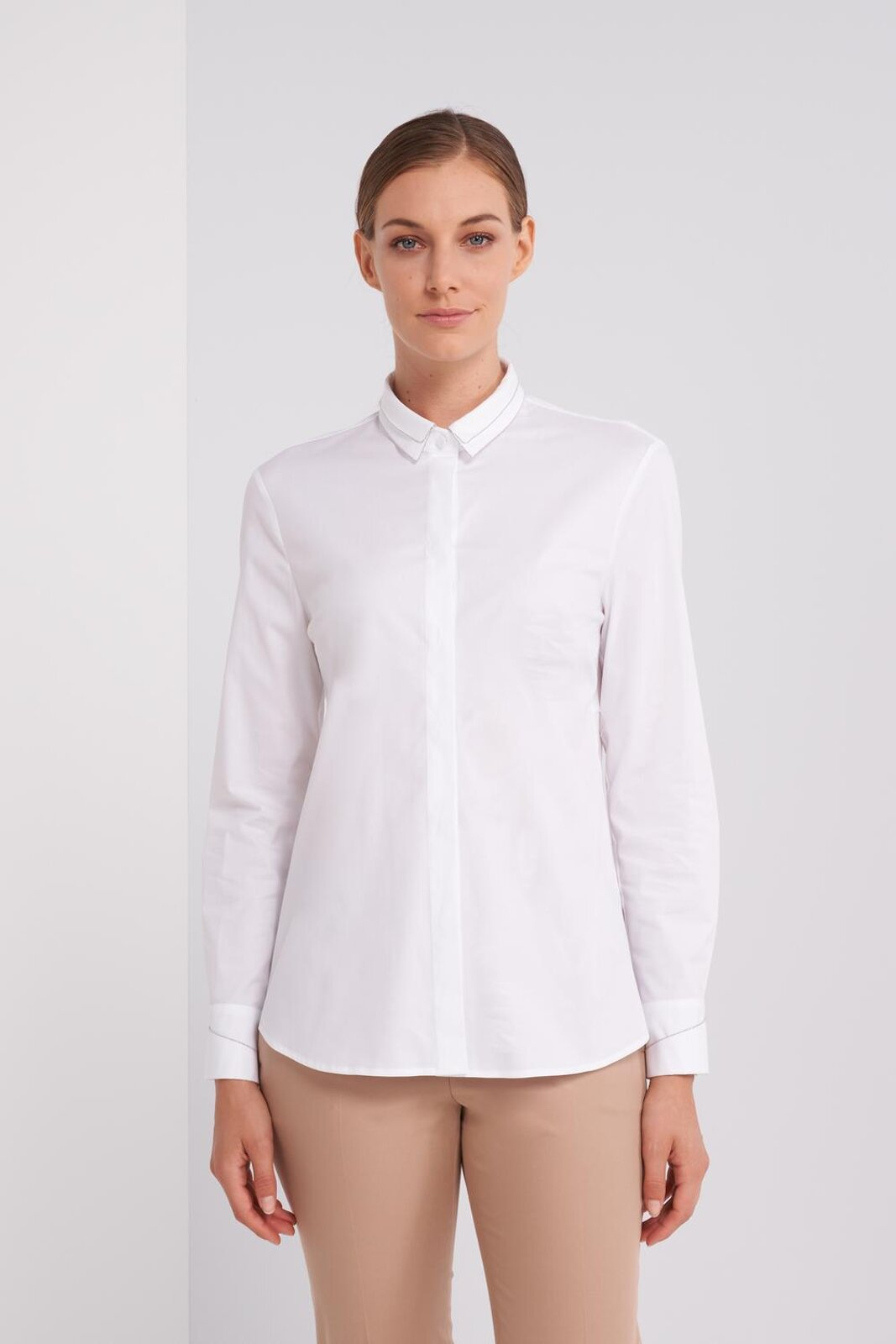 Pure Cotton Stretch Shirt With Long Sleeve Double Collar. Metallic details applied on the neck and cuffs. Slim fit. - Peserico