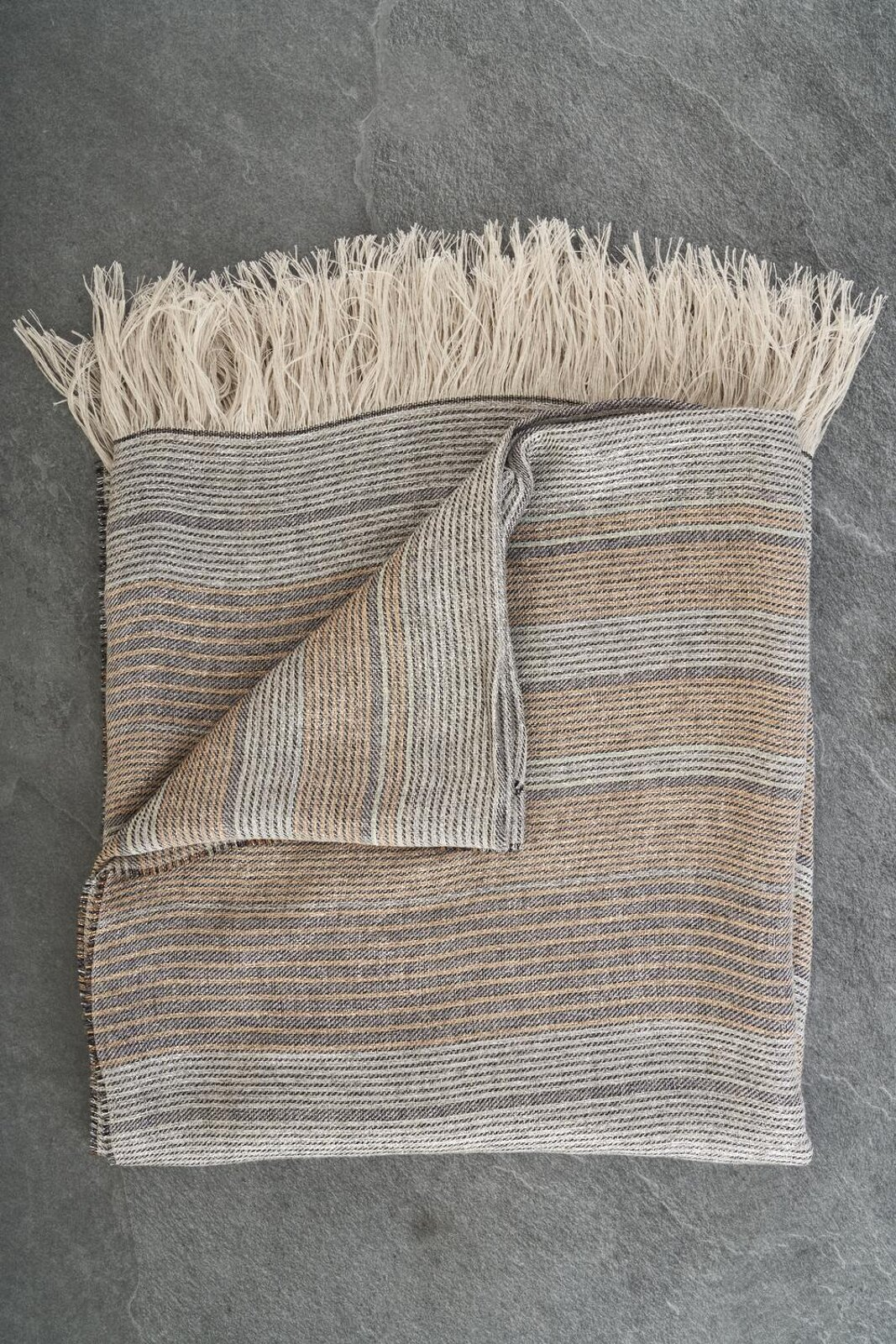 Maxi Stole In Soft Multicolored Linen And Viscose With Fringes. Dimensions: 140X170 Cm - Peserico