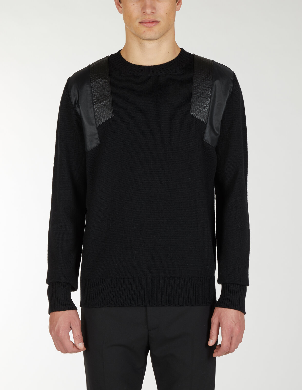 Round Neck Sweater With Shoulder Detail - Les Hommes