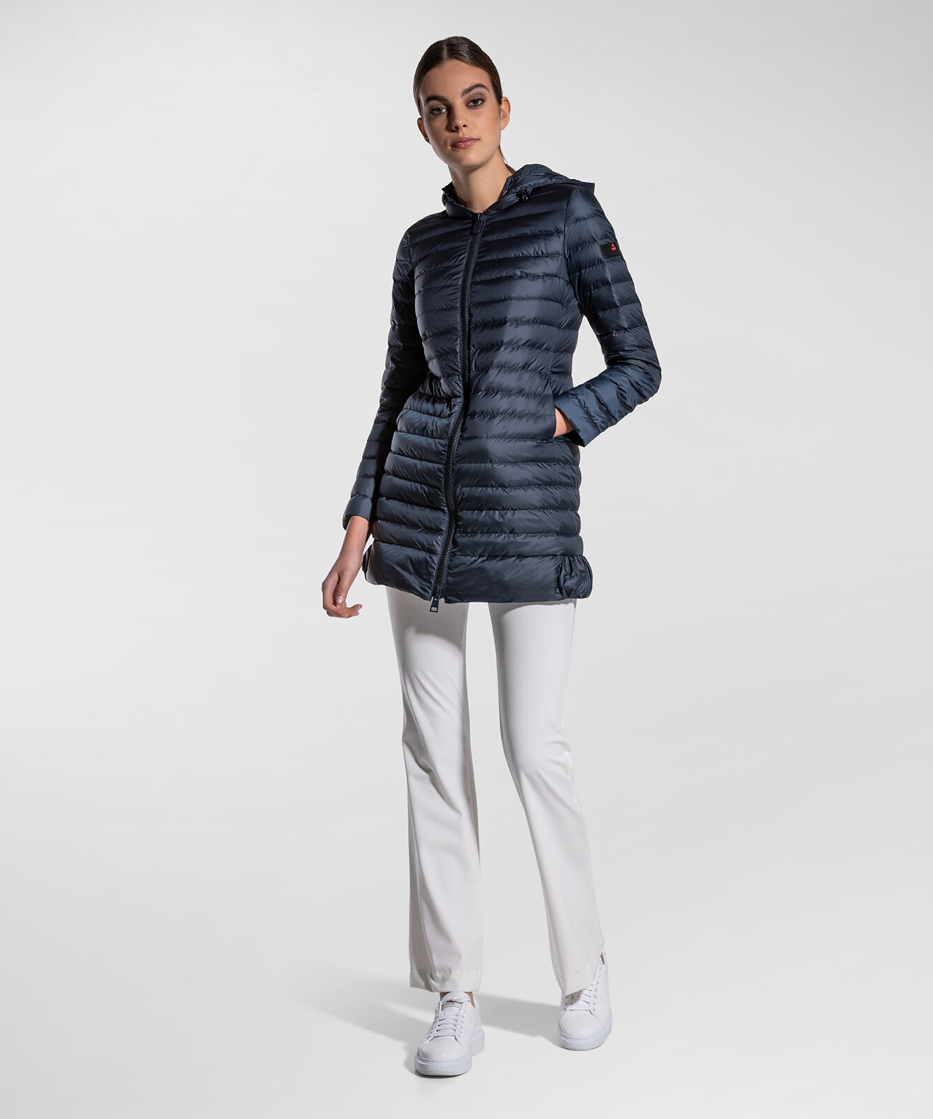 Super Light And Comfortable Long Down Jacket - Peuterey